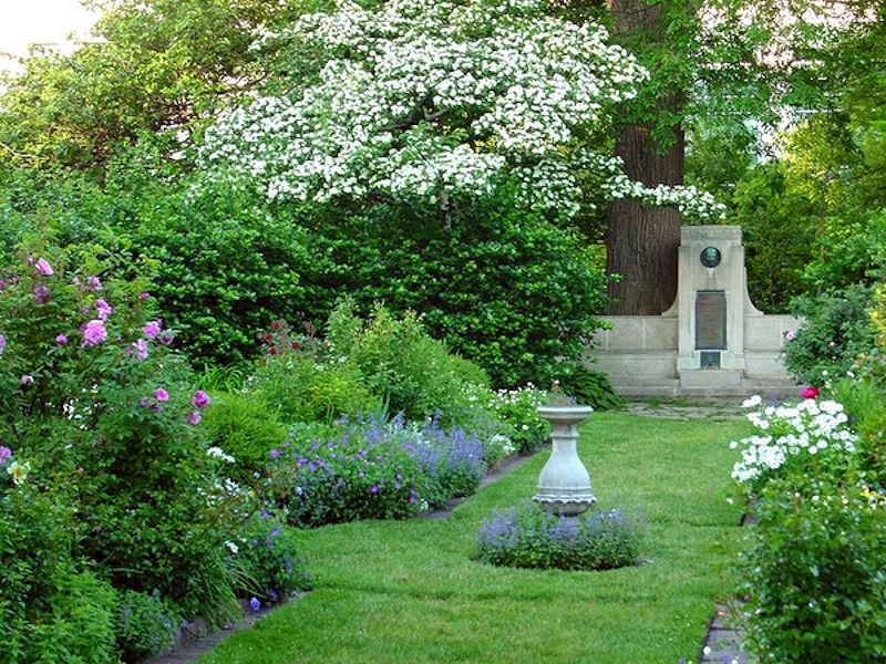 Northwestern\'s Historic Shakespeare Garden - Schmechtig Landscapes