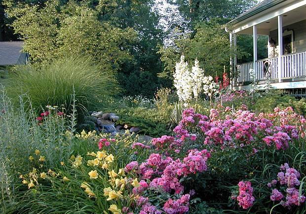 landscaping-gardens-007